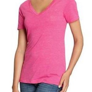 💎 Old Navy Pink V Neck Tee Small 💎 4/$20
